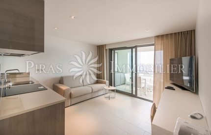 Contemporary furnished 1 bed'  stunning sea view