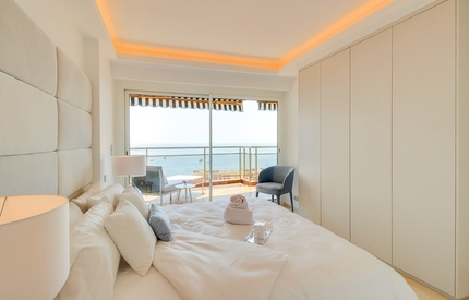 Residence Annonciade-Beach Area-Amazing Interiors