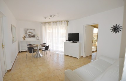 Monaco Holidays Apartment 2 Bedrooms 2 baths