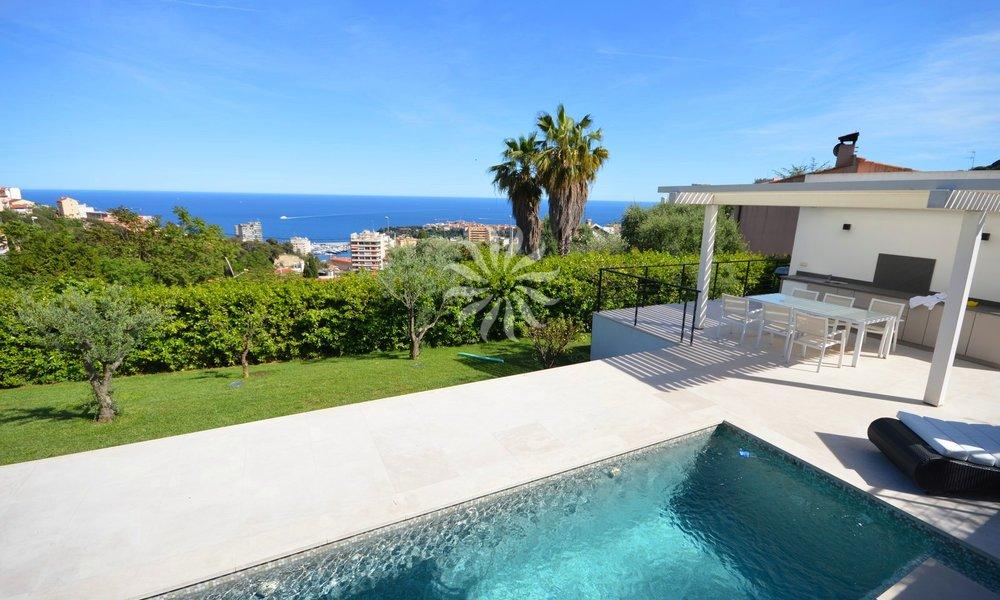Потрясающая современная вилла с бассейном возле Монако
